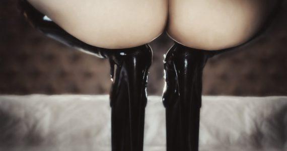 Call Girl mit High Heels